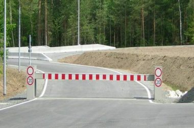 Hostile Vehicle Mitigation Hvm Barricades Ezi Security