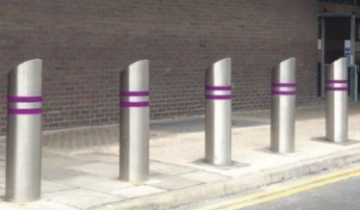 ezi-security-safety-bollards-sidewalk