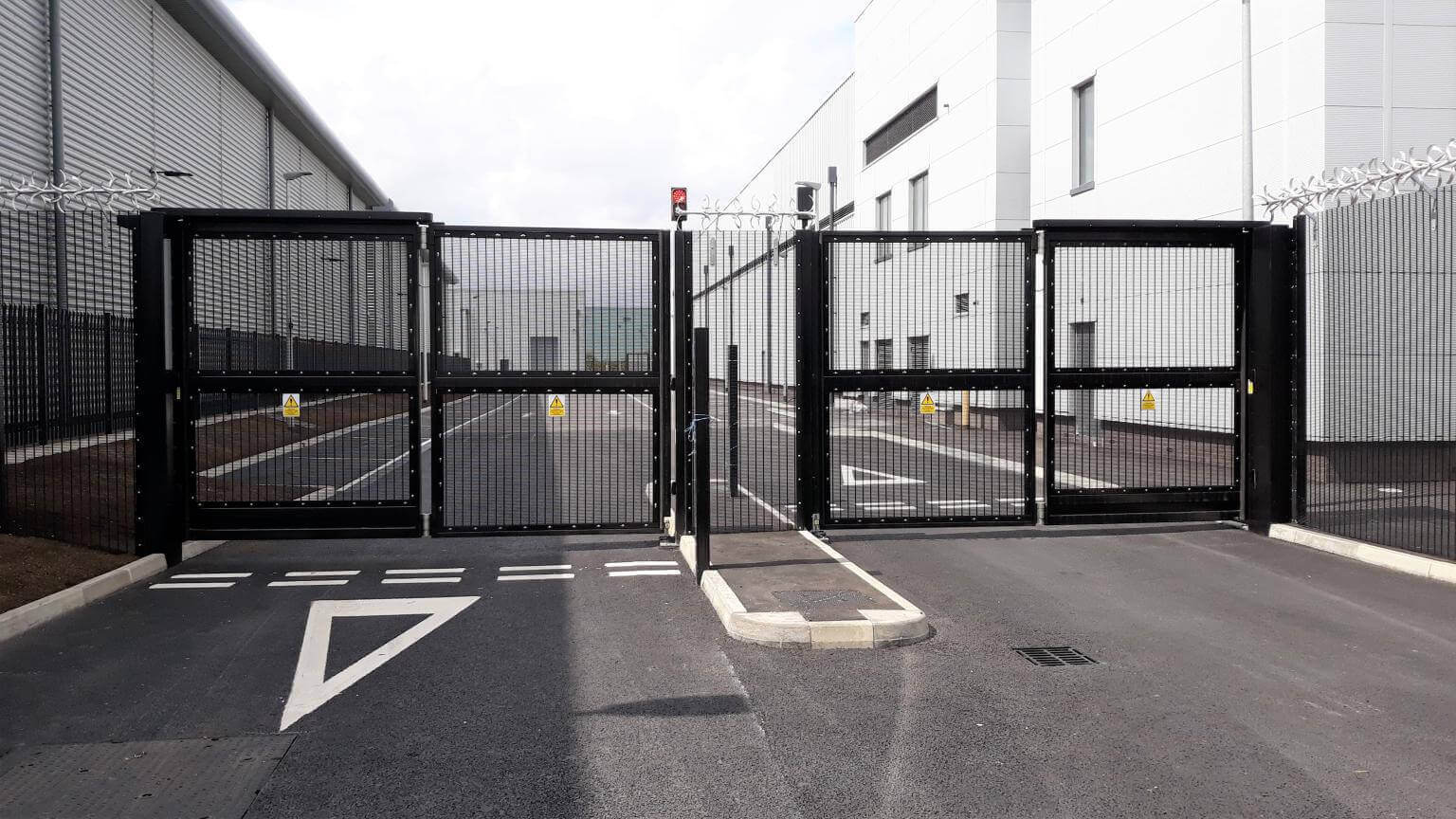 automatic gates to secure your businesses
